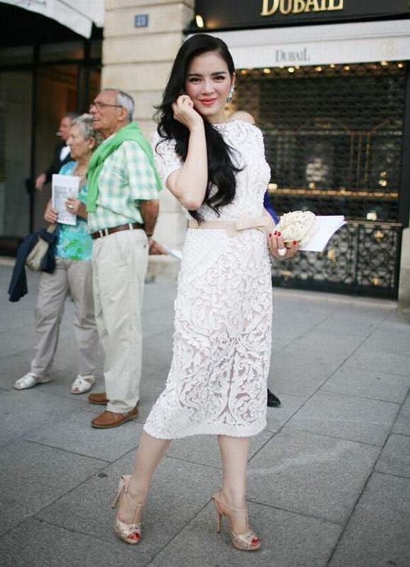 Lý Nhã Kỳ bất ngờ xuất hiện tại Paris Fashion Week 9