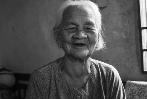 Cụ bà 104 tuổi một mình khống chế tên cướp trẻ khỏe 6
