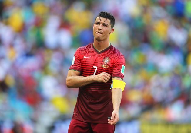Ronaldo không có tên trong top 100 cầu thủ vĩ đại nhất lịch sử World Cup 9