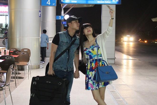 Bạn gái ra sân bay tiễn The Men đi Mỹ lưu diễn 13
