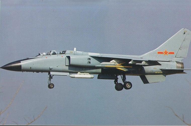 Máy bay Trung Quốc lượn nhiều vòng, áp sát tàu Việt Nam 5