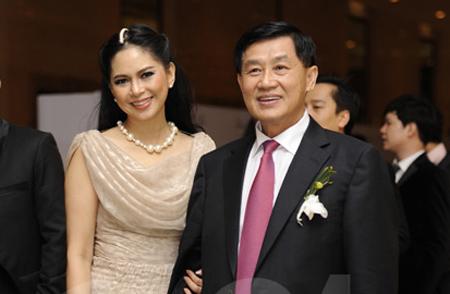 Mẹ chồng quyền lực của Hà Tăng, Hà Hồ khiến nàng dâu 'lép vế' 8