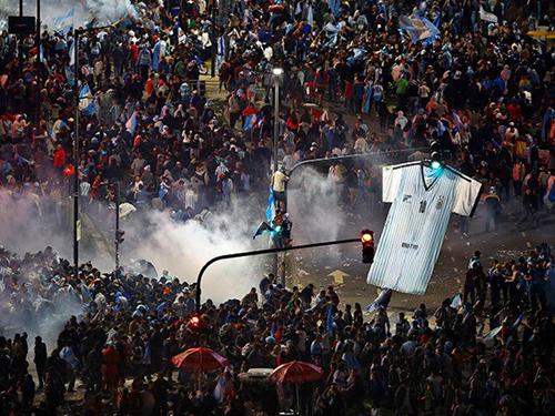 Bạo loạn bùng phát sau trận thua của Argentina ở chung kết World Cup 2014 8