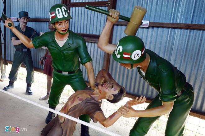 Cảnh tra tấn tù binh rợn người ở Phú Quốc 12