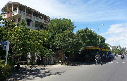 Đại gia bất động sản tự tử trong khách sạn