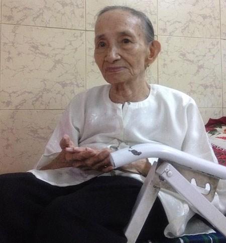 Cụ bà 85 tuổi có nhà trị giá hàng nghìn cây vàng nhờ bán hàng rong 7