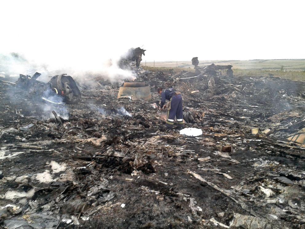 Danh sách các nước có hành khách trên máy bay MH17 bị bắn rơi 7