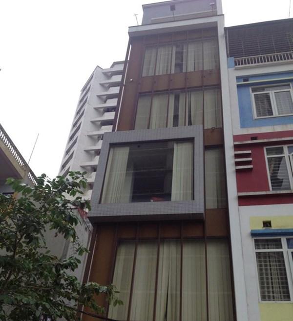 Hà Nội: Nam thanh niên đâm chết bạn gái, rồi nhảy từ tầng 7 tự sát 5
