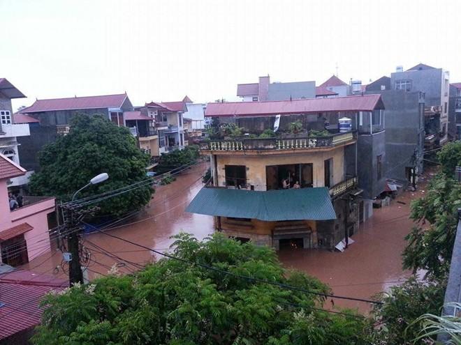 Lạng Sơn chìm trong biển nước vì bão Thần Sấm 18