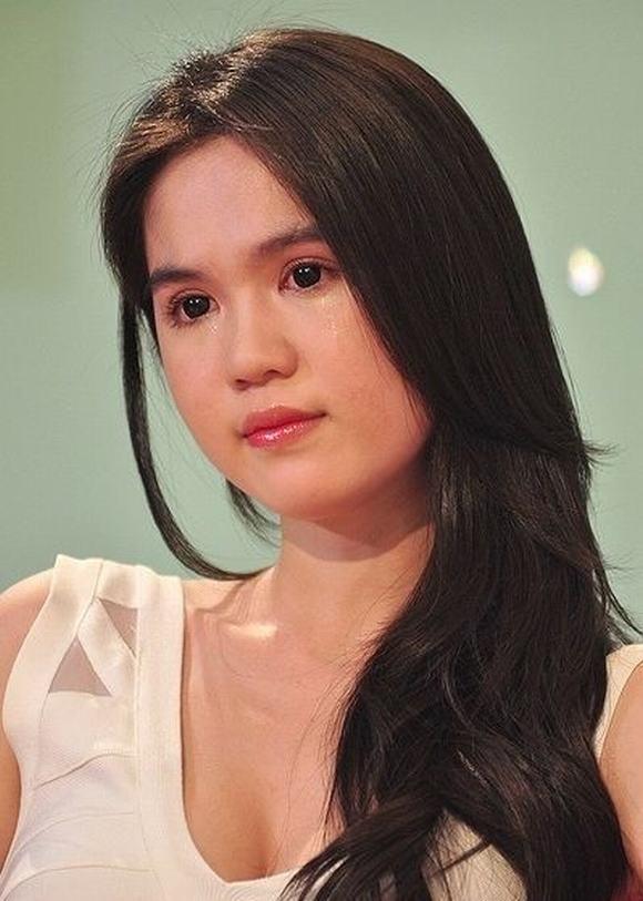 Hoàng Thùy Linh, Ngọc Trinh bật khóc vì chuyện buồn quá khứ 6