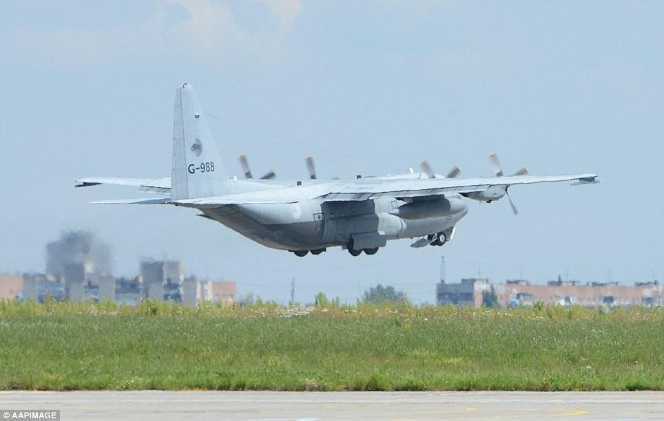 Thi hài nạn nhân MH17 về đến Hà Lan, cả nước chìm trong đau thương 7