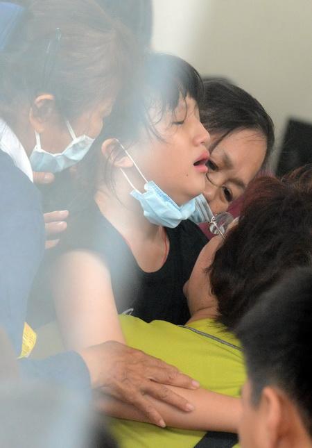 Hành khách sống sót: Máy bay Đài Loan phát nổ ngay trên không 7