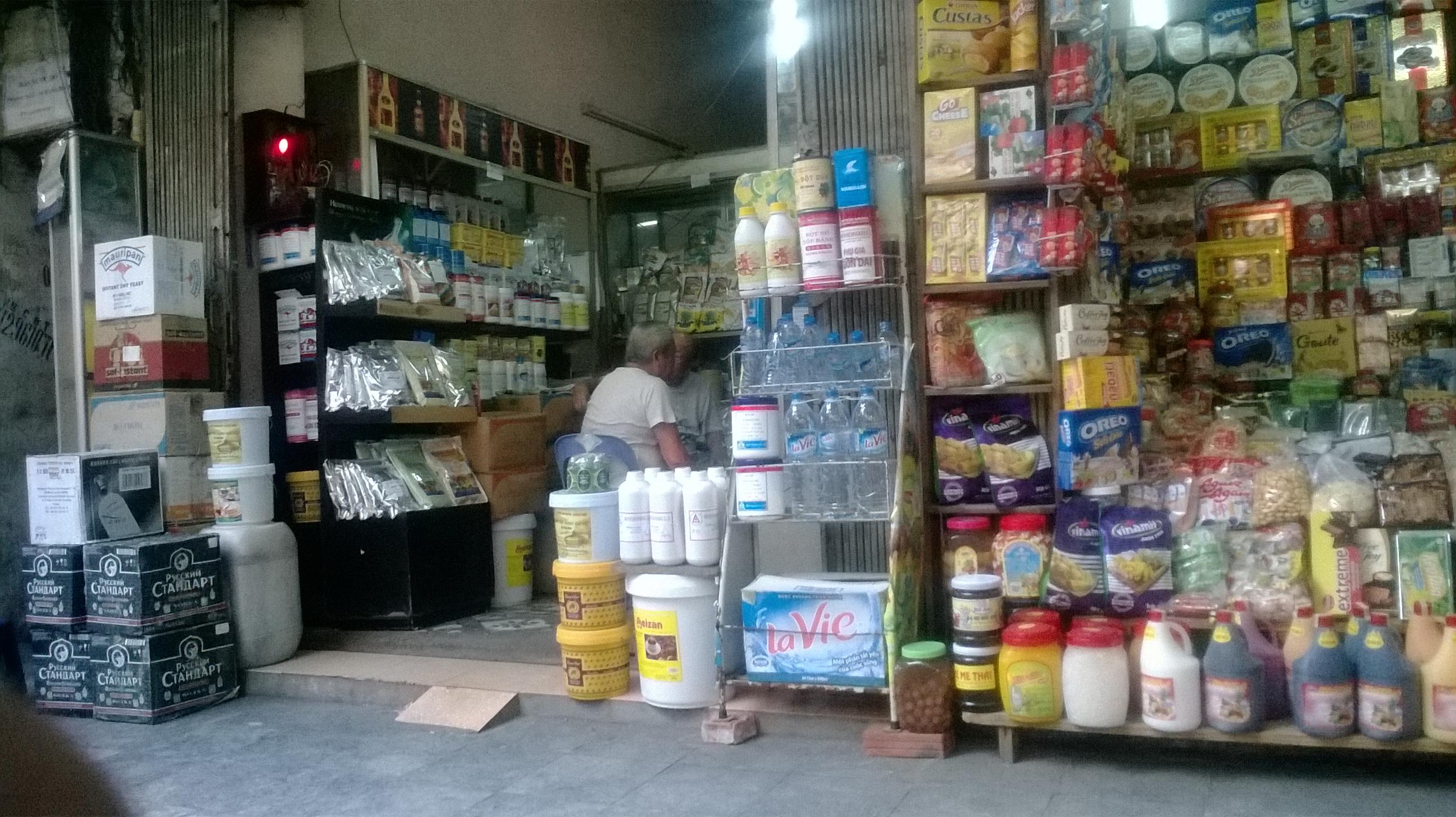 Hà Nội: Ngập trong sữa bột Trung Quốc 1
