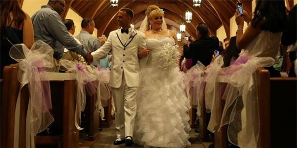 Chùm ảnh cưới của người phụ nữ chuyển giới gây xúc động 11