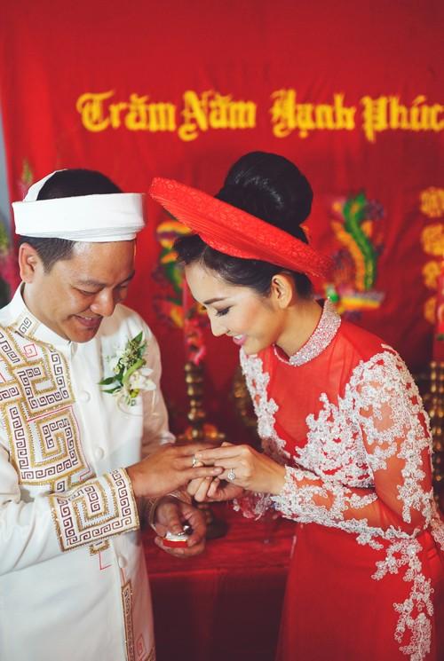 Kim Hiền rạng ngời bên chồng Việt kiều trong lễ rước dâu 9