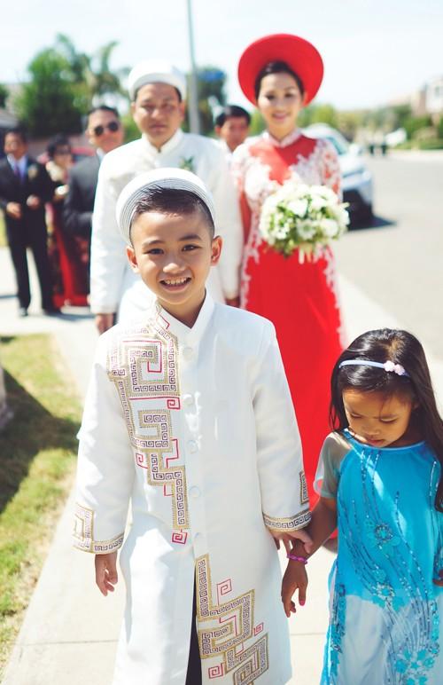 Kim Hiền rạng ngời bên chồng Việt kiều trong lễ rước dâu 10