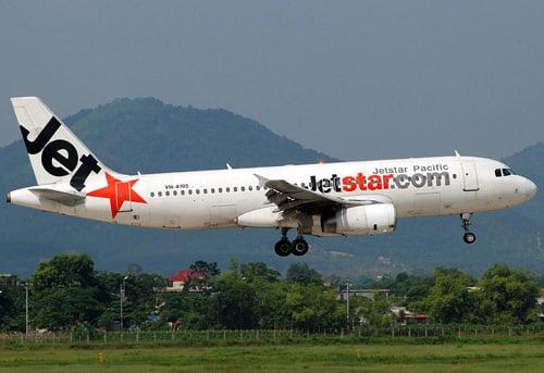 Mất liên lạc 4 phút, máy bay Jetstar phải hạ cánh lần 2 5