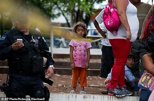 Chuyện động trời ở trại trẻ mồ côi: 500 trẻ bị lạm dụng, cưỡng bức 11