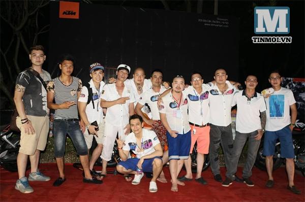 Lý Nhã Kỳ xuất hiện tại tiệc bikini ở Hà Nội 13