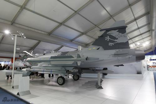 Việt Nam sẽ mua hàng loạt máy bay Gripen để thay Mig-21? 5