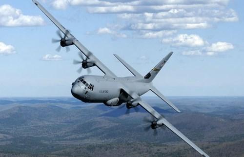 Phát hiện thi thể lạ trong khoang máy bay quân sự Mỹ 6