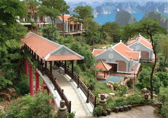 Núi tiền khổng lồ của chúa đảo Tuần Châu 9