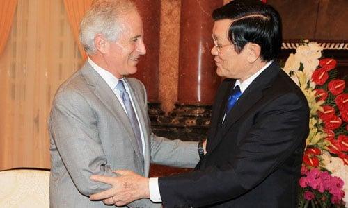 Mỹ sẽ sớm bỏ lệnh cấm bán vũ khí sát thương cho Việt Nam 4