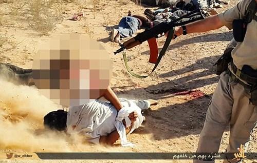 Khủng bố Nhà nước Hồi giáo lại tung ảnh thảm sát người hàng loạt 9