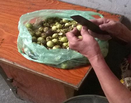 Hình ảnh Ớn lạnh quy trình chế biến cơm bình dân từ thực phẩm bẩn số 1