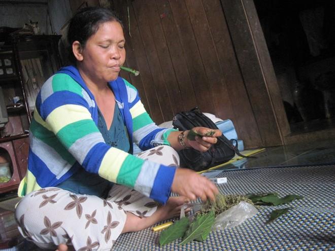 Làng của những phụ nữ thà nhịn đói không chịu bỏ thuốc rê 5