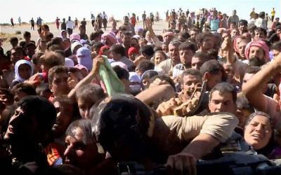 """Khủng hoảng Iraq: Cảnh tượng kinh hoàng tại """"thung lũng chết"""" Sinjar 6"""