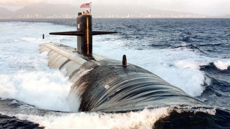 """Tàu Mỹ bị """"đuổi"""" khỏi vùng biển Nga 6"""