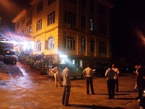 Trăm cảnh sát vây bắt đại gia gỗ khét tiếng Bắc Ninh 1