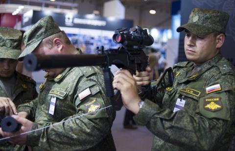 Việt Nam dự triển lãm quốc phòng Oboronexpo 2014 6