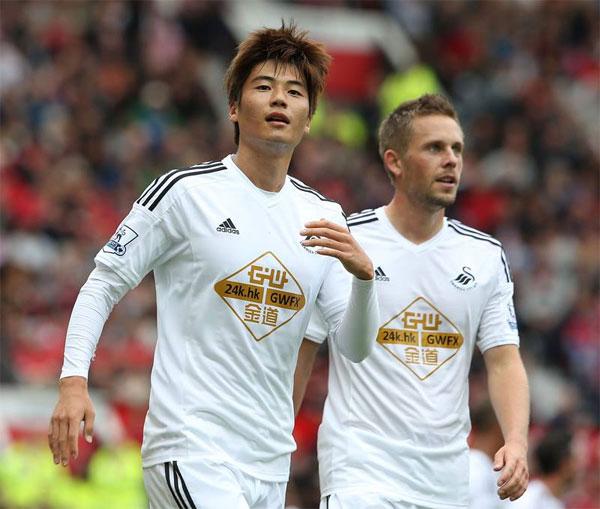 Manchester United 1-2 Swansea: M.U bị hạ đo ván ngay tại Old Trafford 6