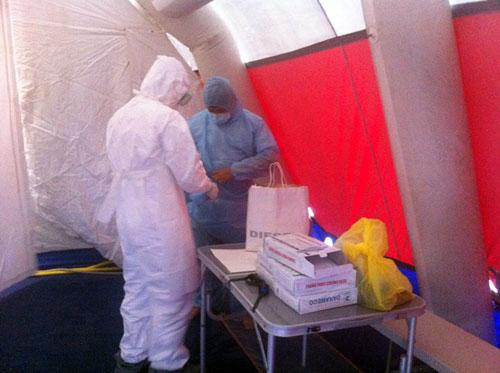 Kiểm soát Ebola tại TPHCM: 33 người phải khai báo y tế 12