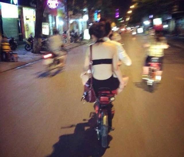 Thiếu nữ Việt ăn mặc phản cảm lên trang tin nước ngoài 5