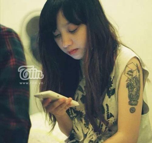 Thiếu nữ Hà Nội sinh năm 1995 sở hữu 8 hình xăm khủng 5