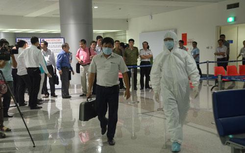 Dịch Ebola: Đã cách ly, khử trùng, khử khuẩn với hai ca nghi nhiễm Ebola 5