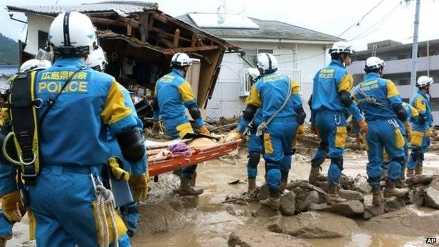 Lở đất tại Nhật Bản, ít nhất 27 người thiệt mạng 9