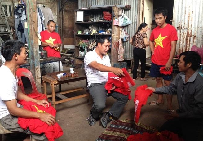 Người Việt tại Brunei háo hức chuẩn bị cổ vũ đội U19 Việt Nam 6