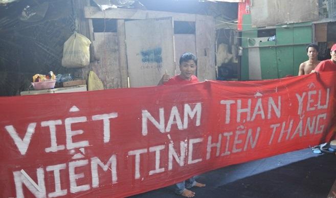 Người Việt tại Brunei háo hức chuẩn bị cổ vũ đội U19 Việt Nam 11