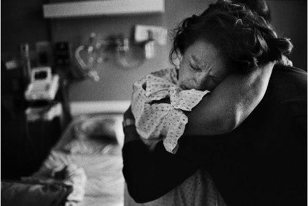 Bộ ảnh xúc động về hành trình vượt cạn của mẹ 7