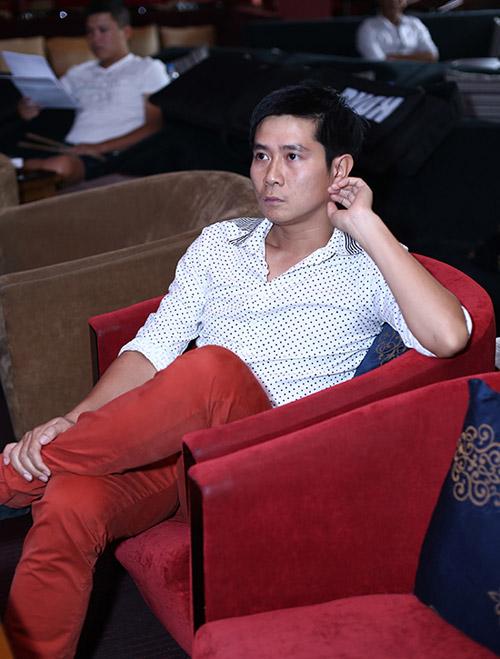 Hình ảnh Lưu Hương Giang mặc sexy đi tập hát cùng trò cưng số 10