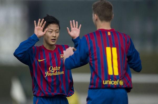 Barca bị FIFA cấm chuyển nhượng đến tháng 1/2016 6