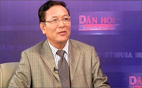 Hình ảnh HS trách Bộ GD-ĐT độc quyền SGK gây 3 khó: Bộ trưởng Luận nói gì? số 1
