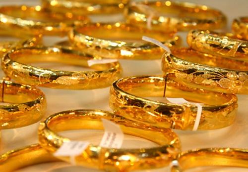 Hình ảnh Giá vàng ngày 25/8 tiếp tục giảm, USD biến động nhẹ số 1