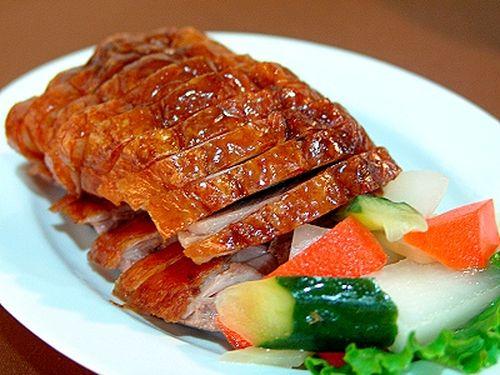 Cách làm món thịt heo quay giòn bì cực ngon không cần lò nướng 5