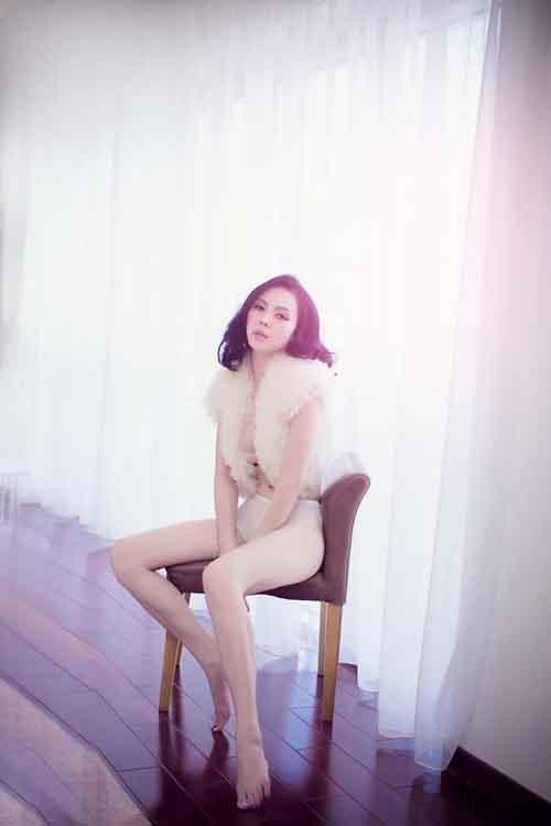 Á hậu Trà Giang khoe sexy với bộ nội y bằng ren quyến rũ 9