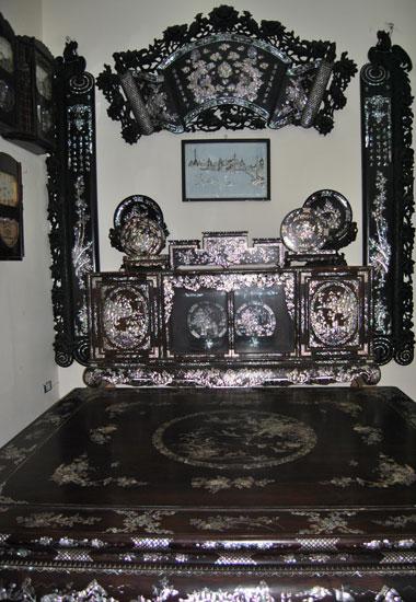 Bộ bàn ghế sưa 100 tỷ của Minh Sâm ăn đứt siêu giường Lê Ân 6